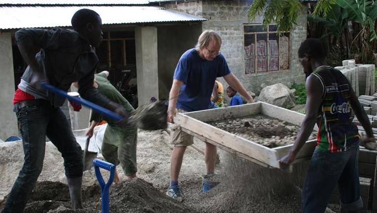 Støtte til bygging av utviklingssenter i Mgeta